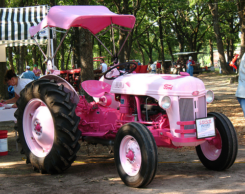 Pink Tractor 1 187 Eagle Hardware Farm Amp Ranch