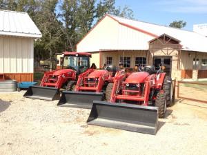 Branson Tractors 300x225 Tractors & Tractor Supplies