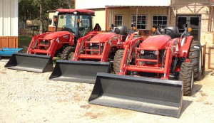 cropped tractors 300x173 Why Choose a Branson Tractor?